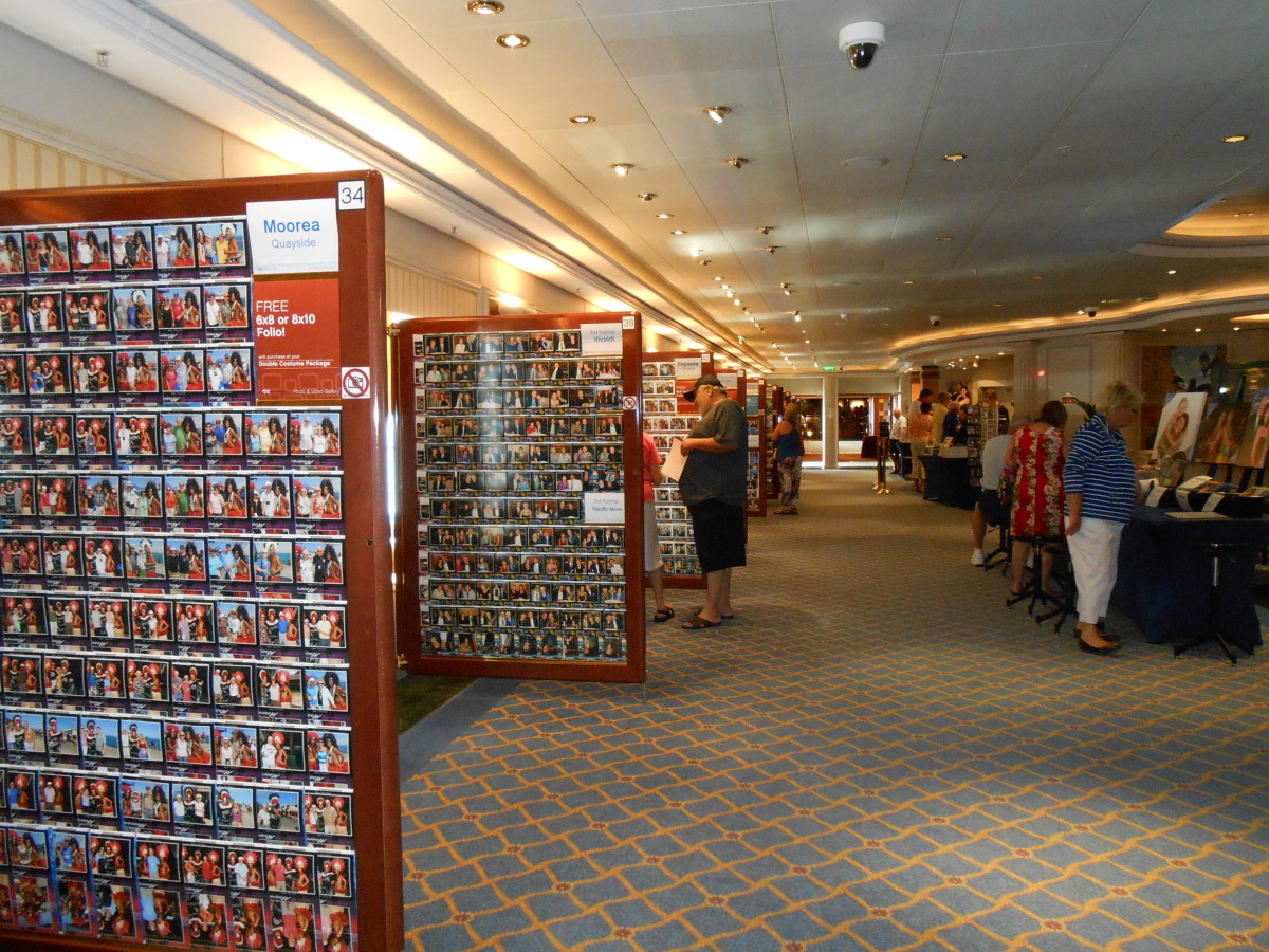 Photo area for guests to view shipboard photos to purchase and take home as souvenirs.