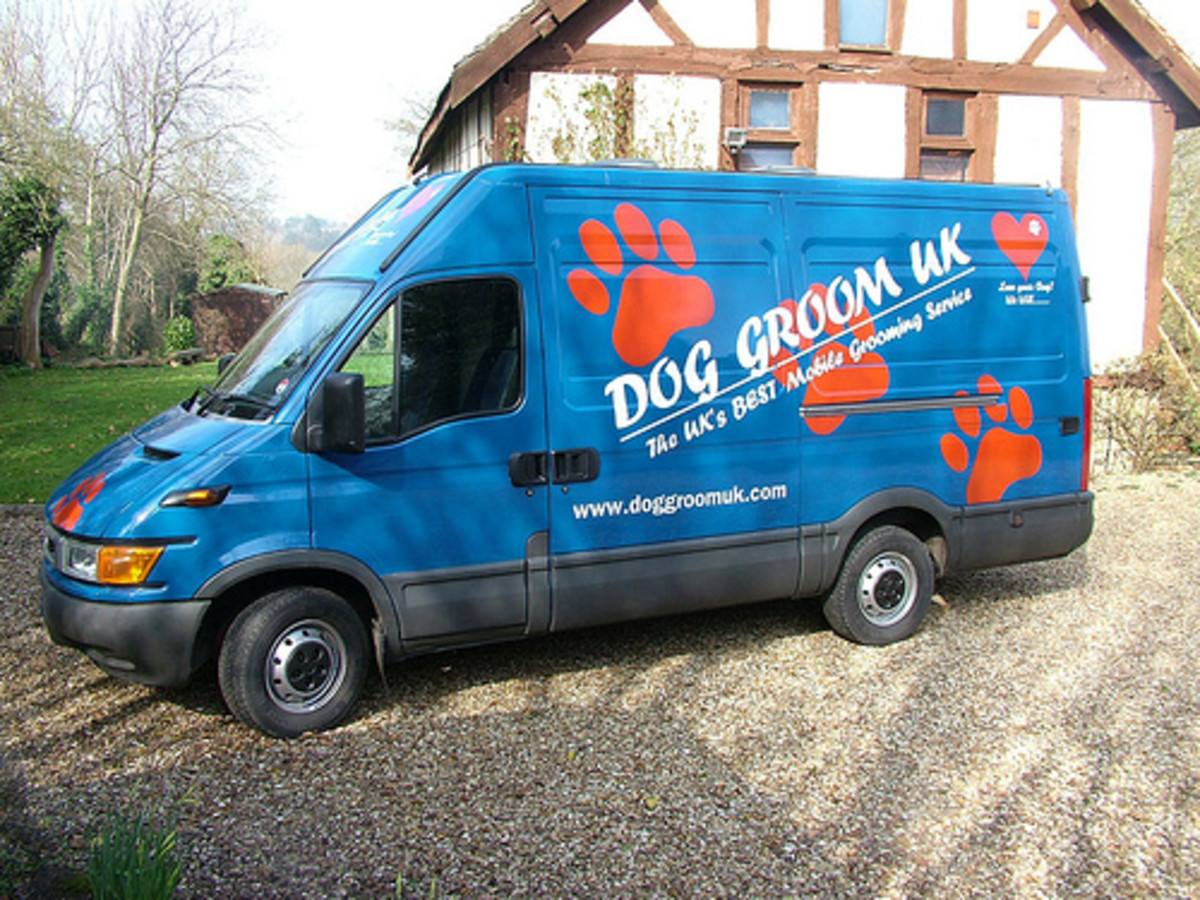 Mobile dog groomers are a great solution to bathing a large dog.