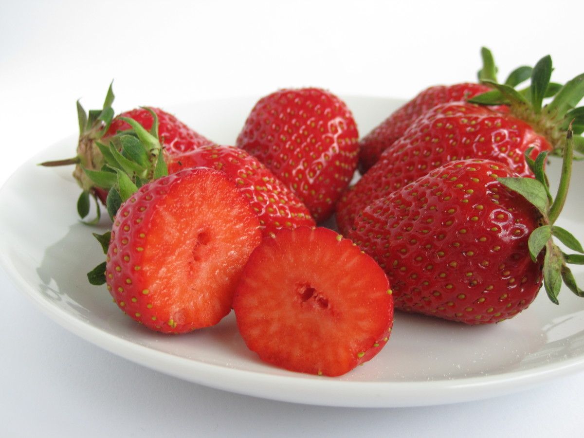you only a small handful of ripe strawberries for a face mask recipe.