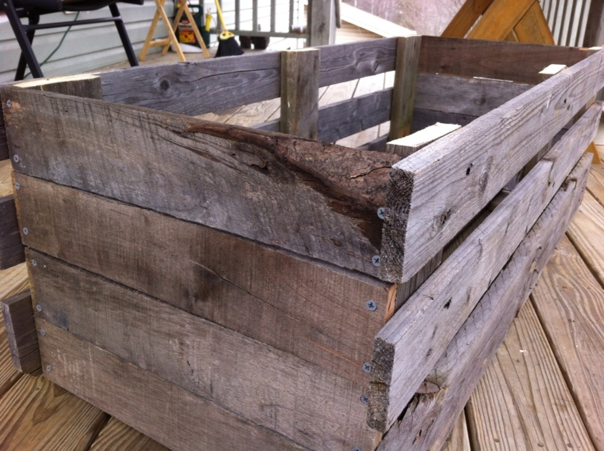 Pallet Projects: Chests And Wagons