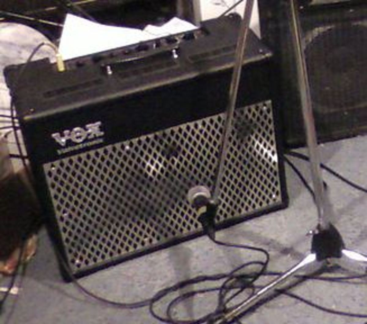 The back of the Vox AD50VT provides access to an external speaker output, as well as a wattage control that functions like an attentuator on a tube amp.