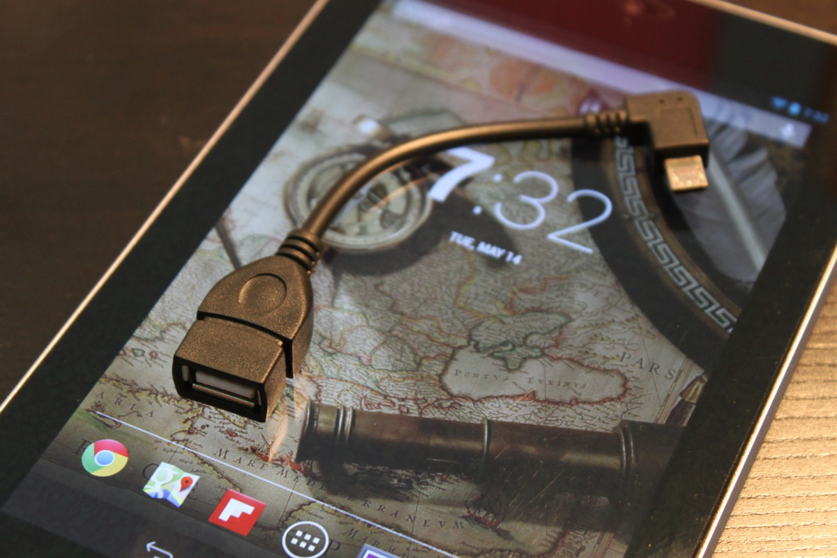 """OTG"" Cable: $2 device that turns your phone into a portable PC"