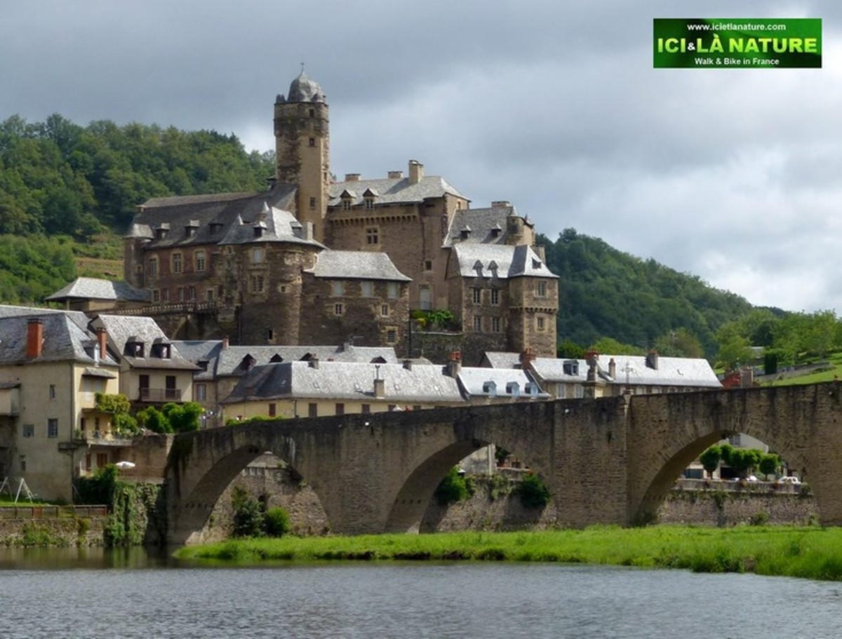 Estaing (France - Via Podiensis)