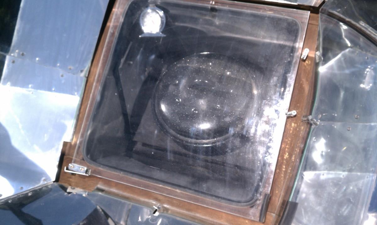 pot in solar oven