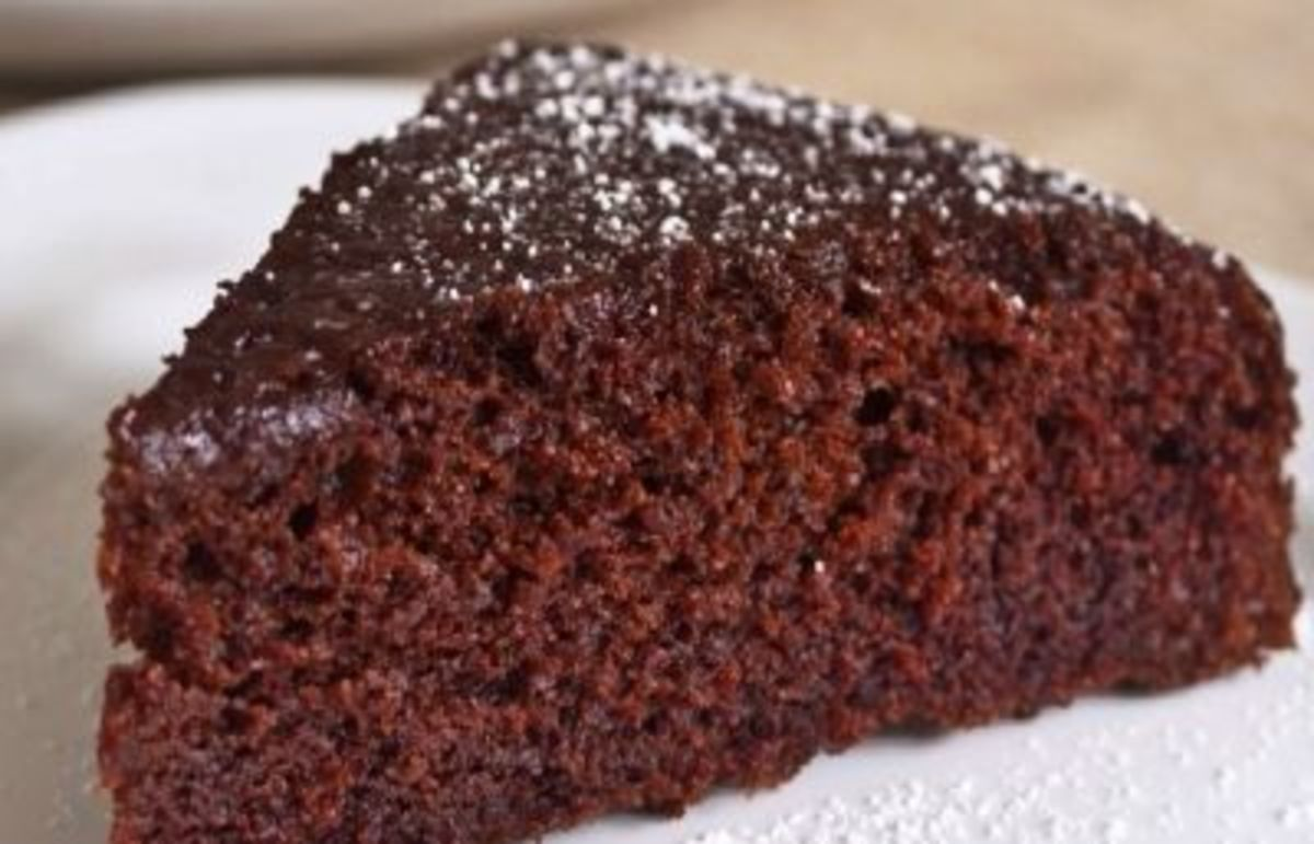 Chocolate Cake Gluten Free with Bisquick
