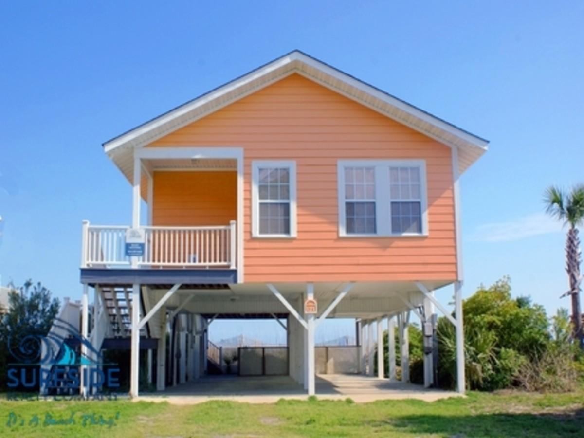 """Hakuna Matata"" Beach House"