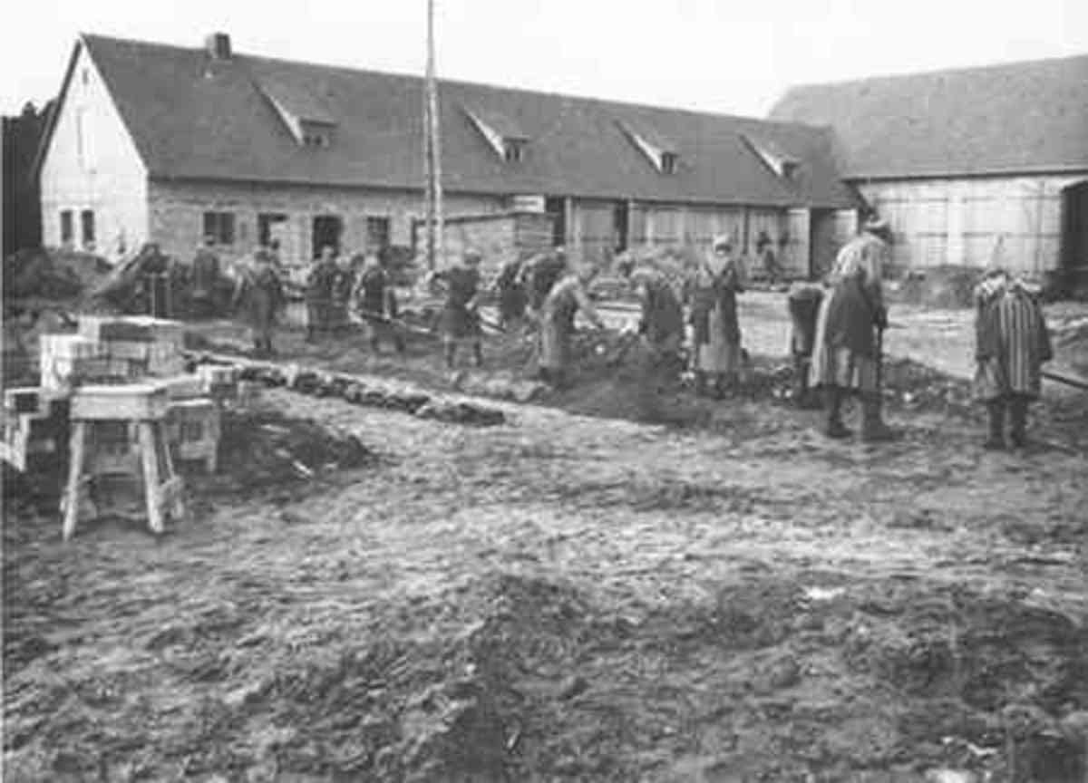 Inmates at forced labor in the Ravensbrück concentration camp between 1940 and 1942.