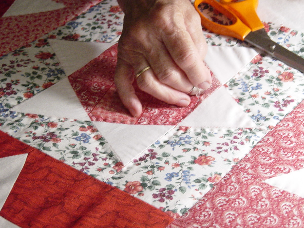 Where to Buy a Vintage Quilt, Cheaply! | HubPages : patchwork quilt by hand - Adamdwight.com