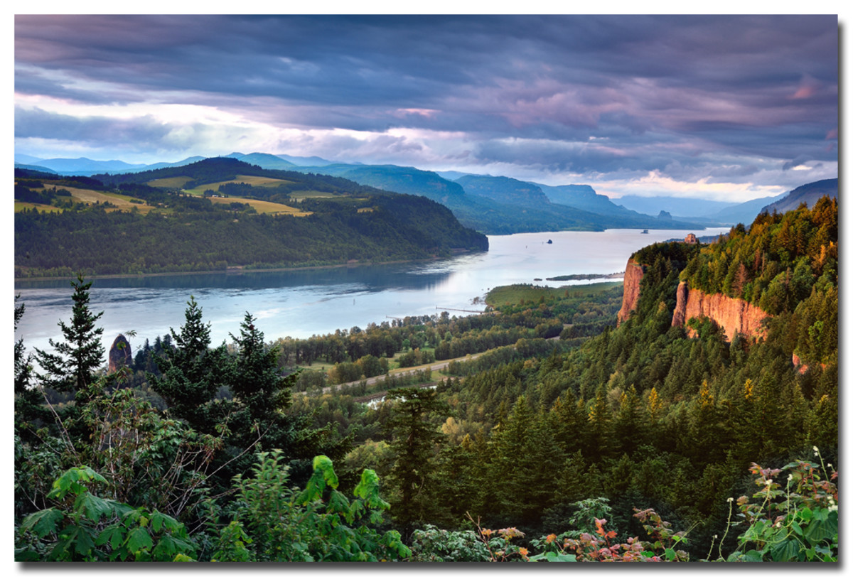 The Columbia River Gorge looking east with Vista House