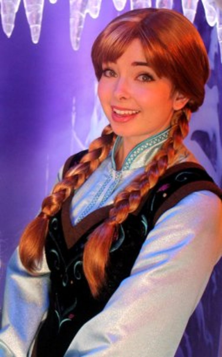 Anna Character from Maddy in Disneyland