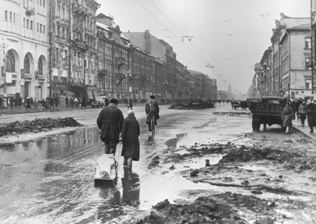 World War II: Siege Of Leningrad