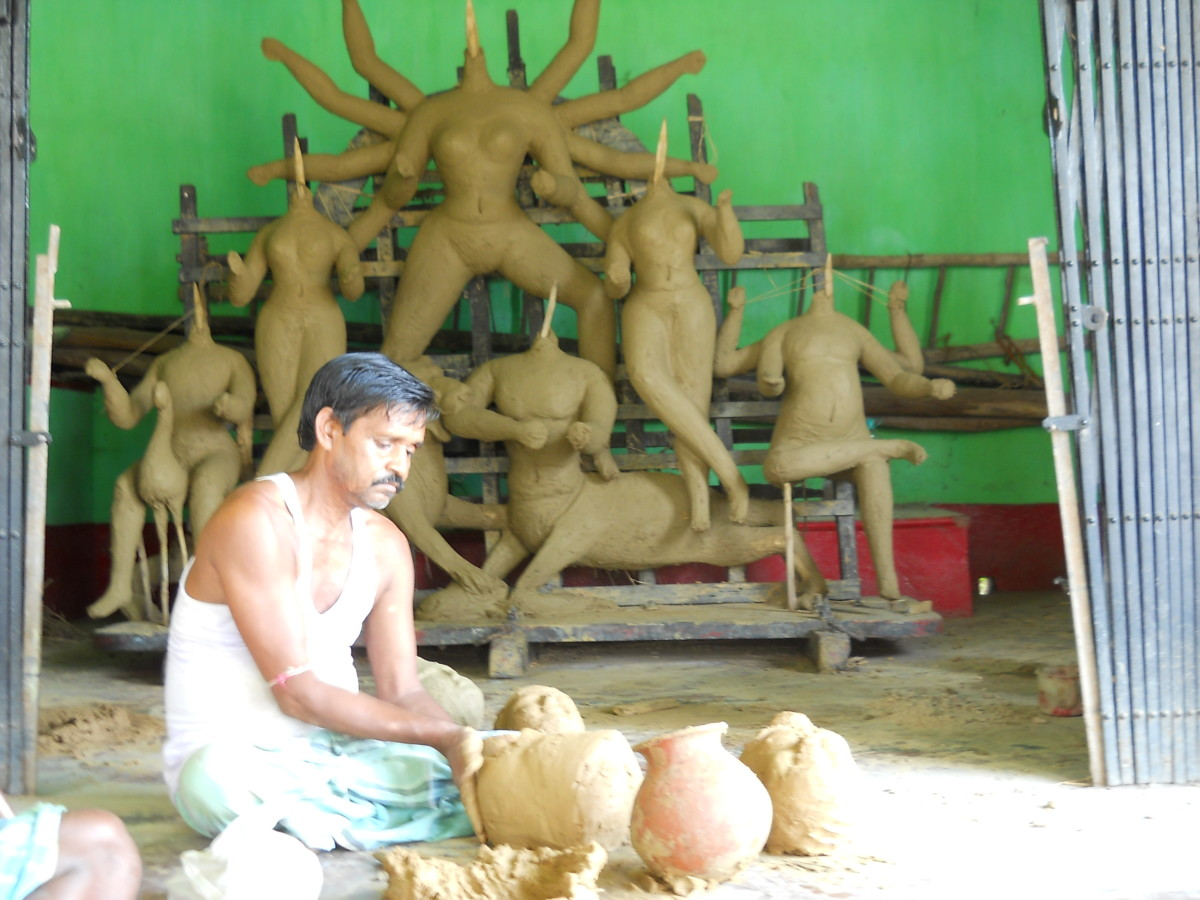 The idols being made
