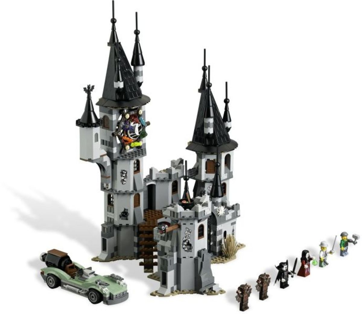 LEGO Monster Fighters The Vampyre Castle 9468 Assembled Outside