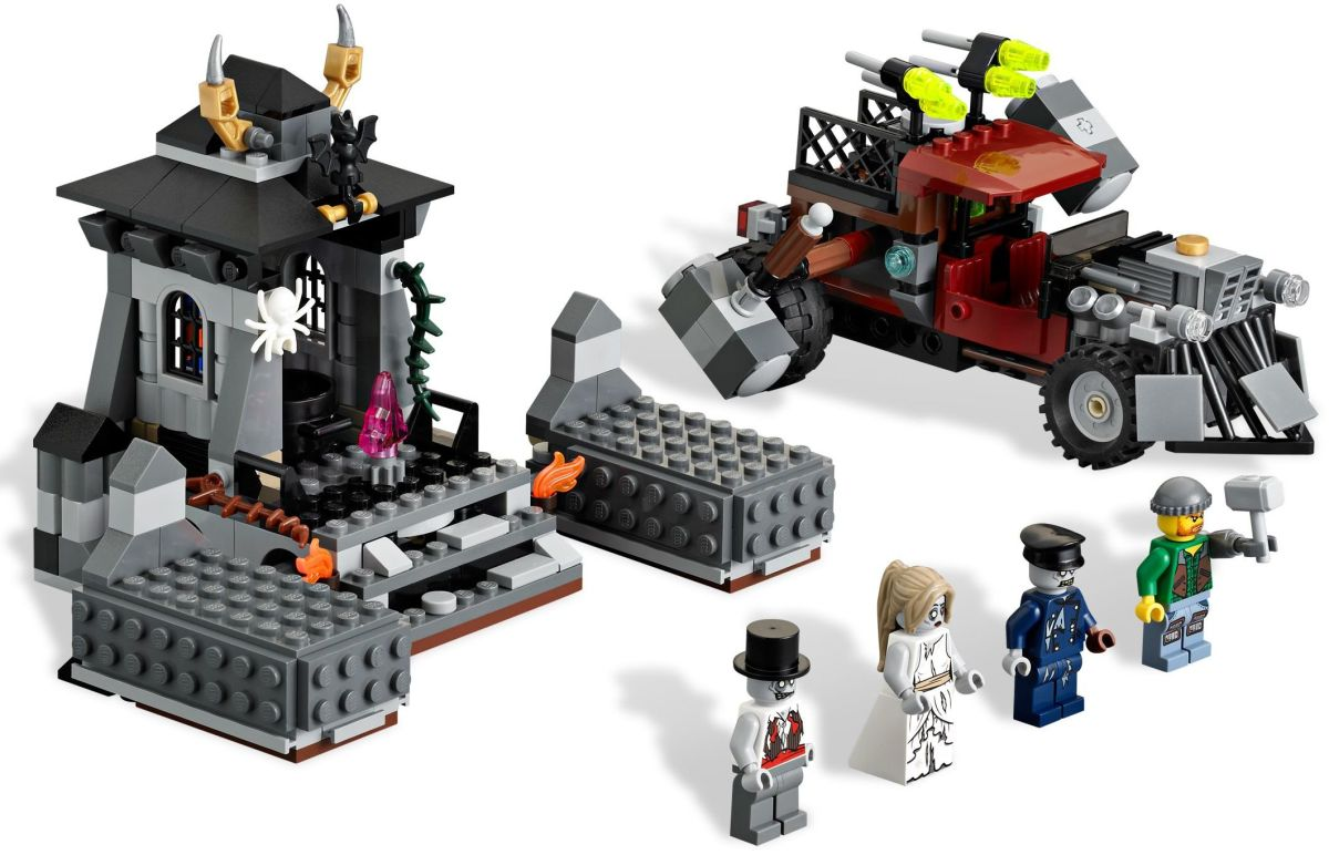 LEGO Monster Fighters The Zombies 9465 Assembled