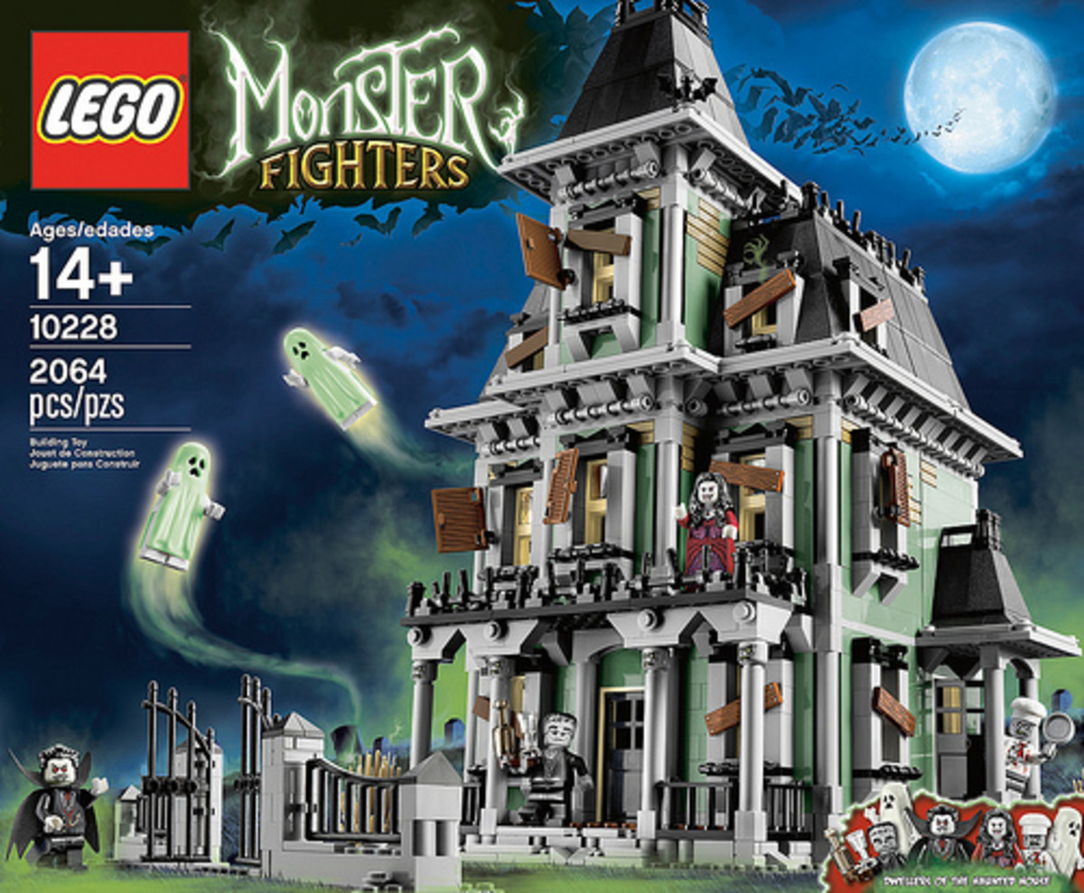 LEGO Monster Fighters Haunted House 10228 Box