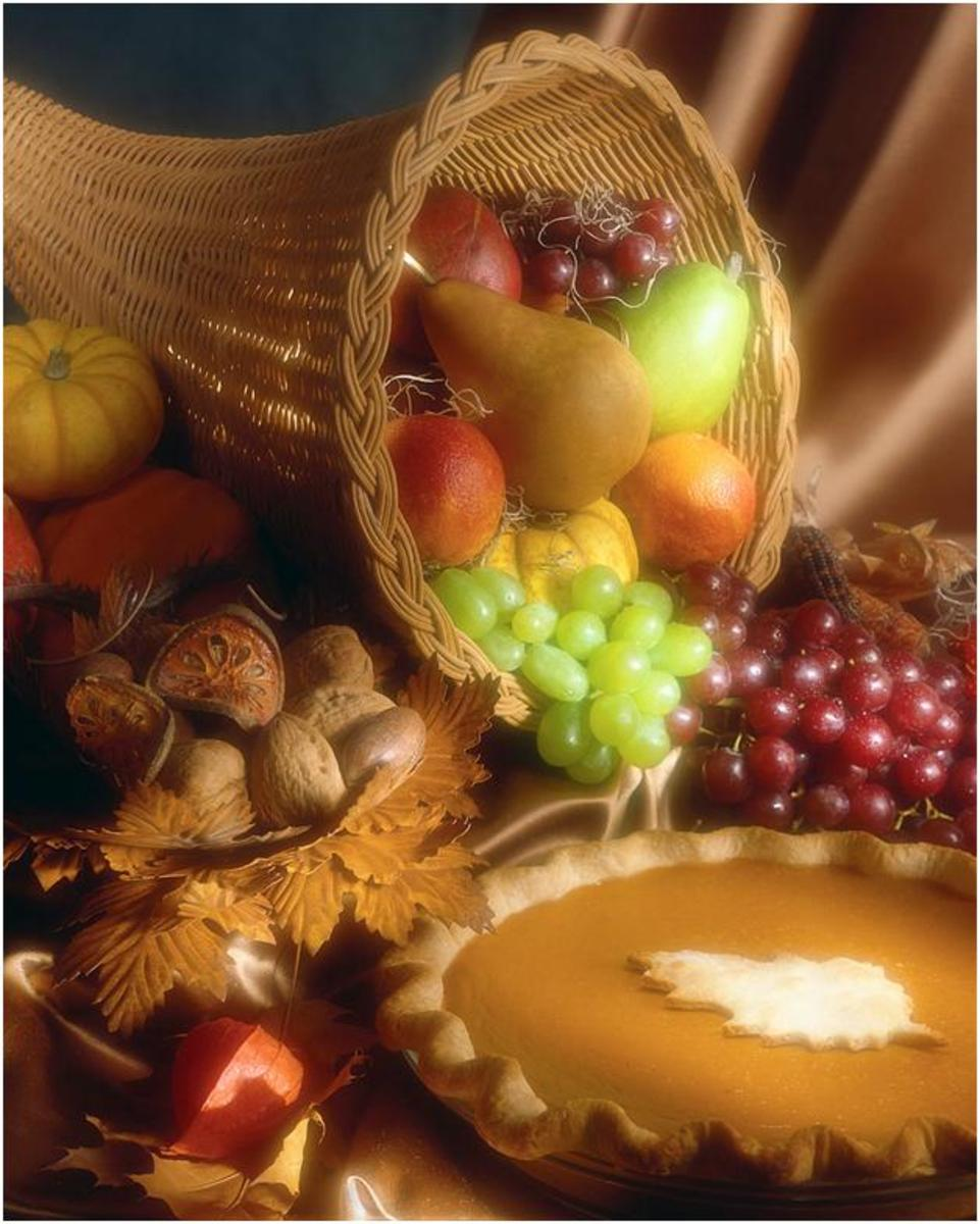 Thanksgiving Cornucopia  with Pumpkin Pie