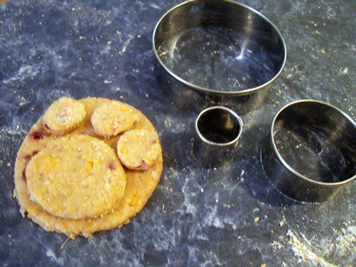 How To Make Dog Paw Cookies
