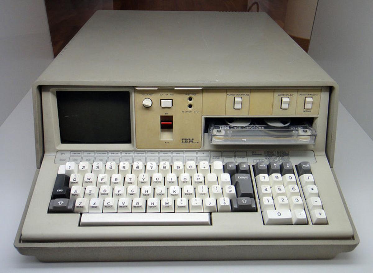 An IBM 5100 'micro computer'.