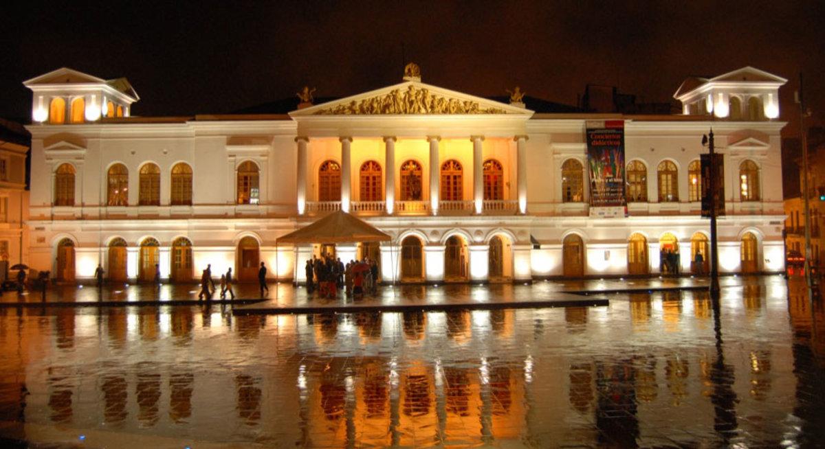 teatro sucre Quito
