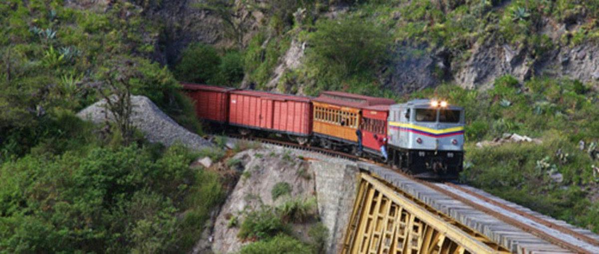 Train in Ecuador
