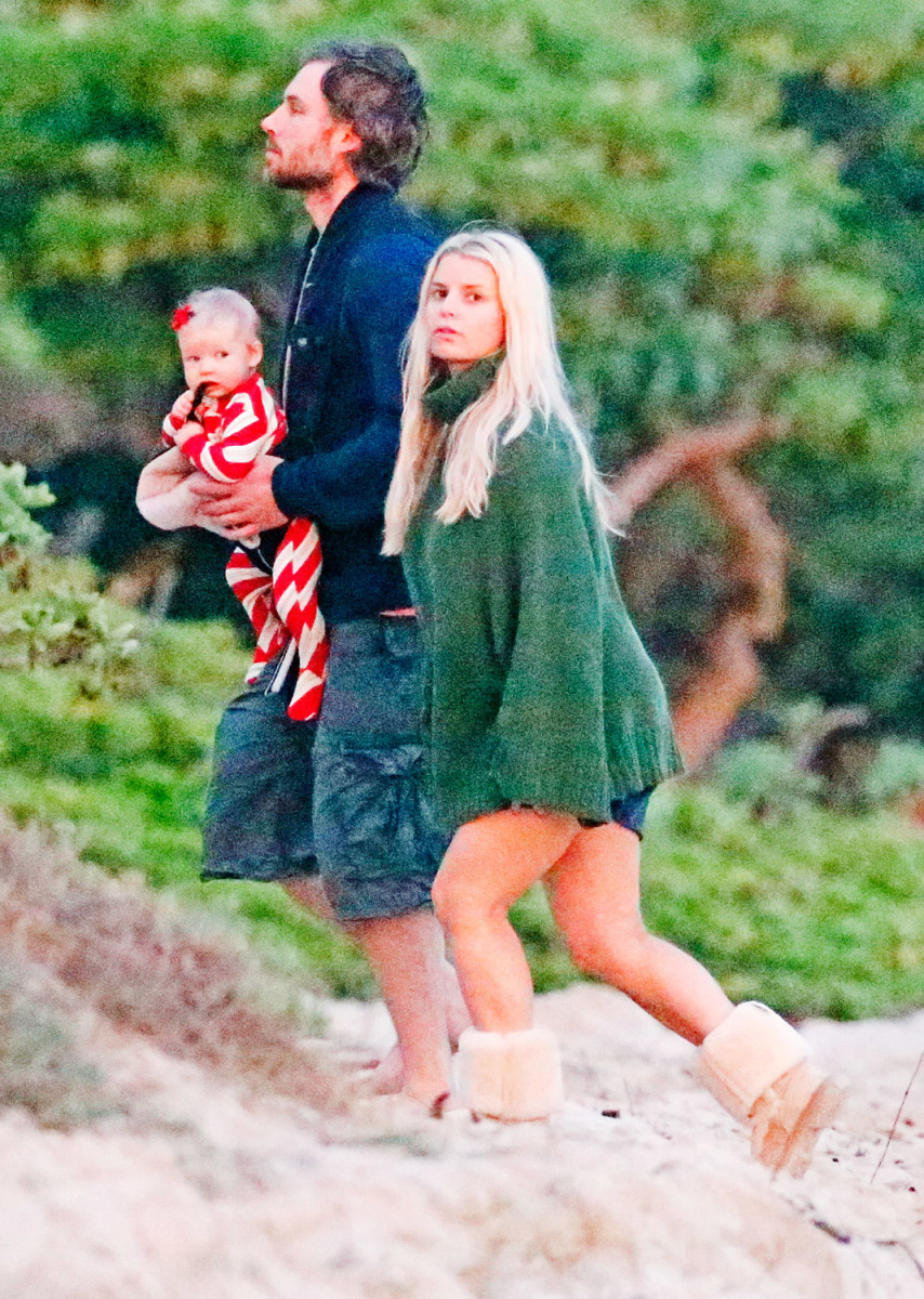 Jessica Simpson wearing Uggs with family