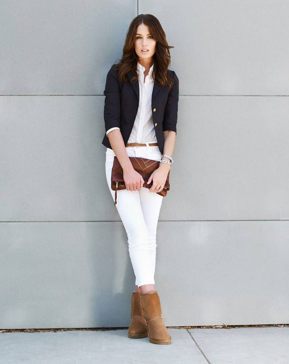 white jeans with Uggs
