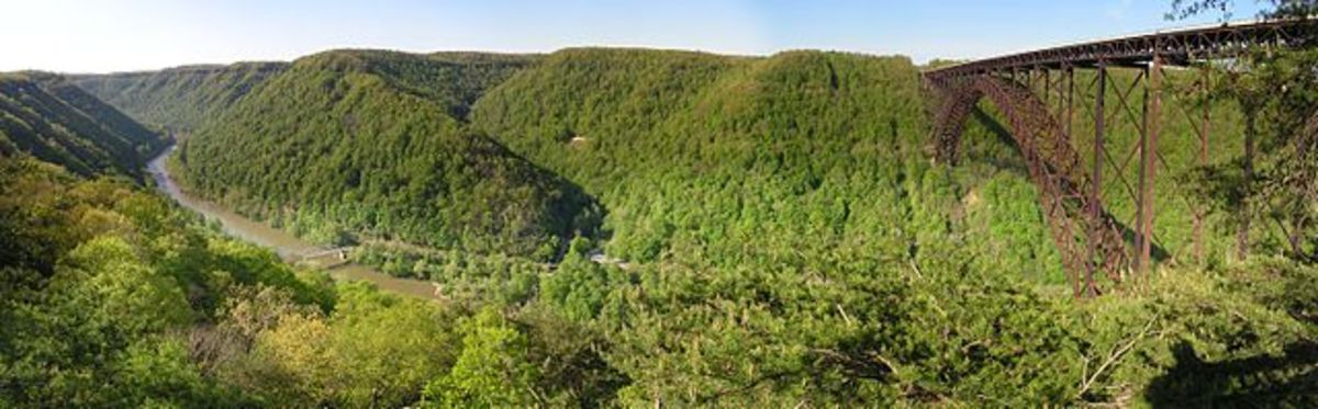 New River Gorge Bridge Overlook, opposite from Fayetteville, WV, USA.
