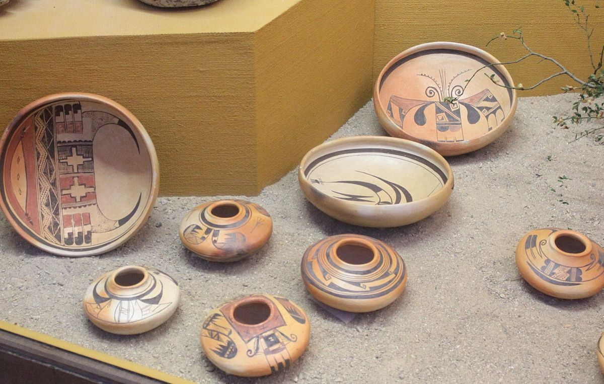 Examples of traditional Hopi pottery.