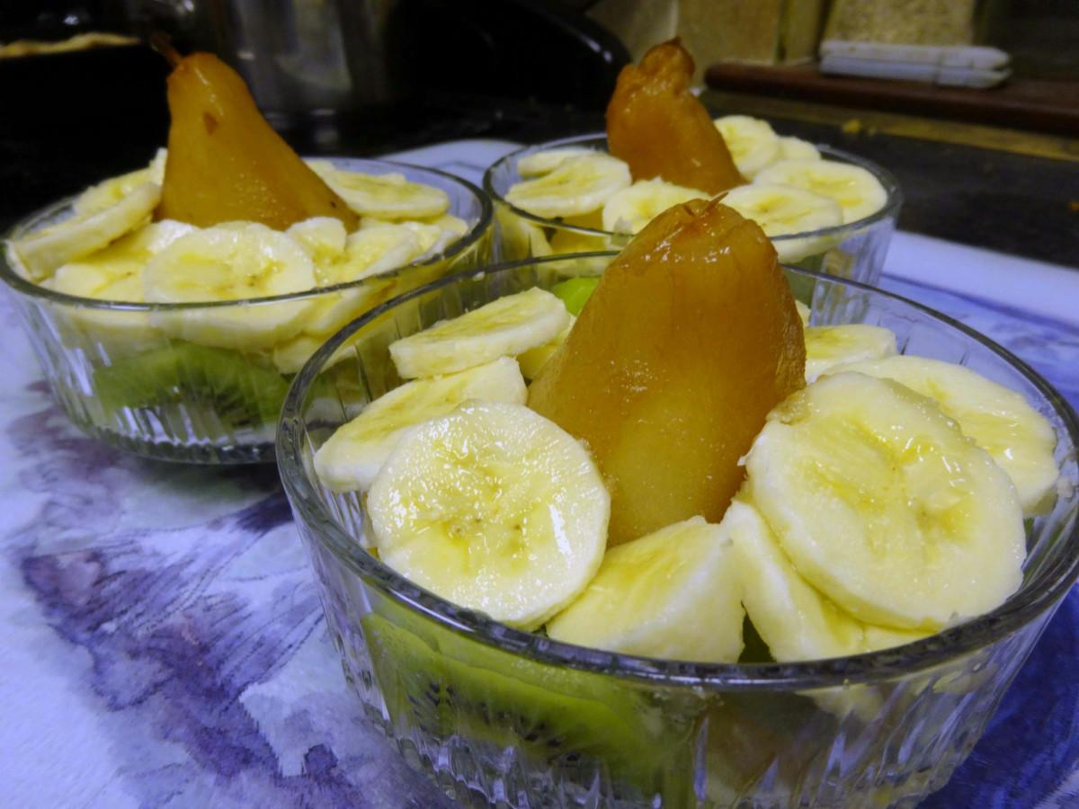 Pear Fruit Salad Dessert with Yogurt