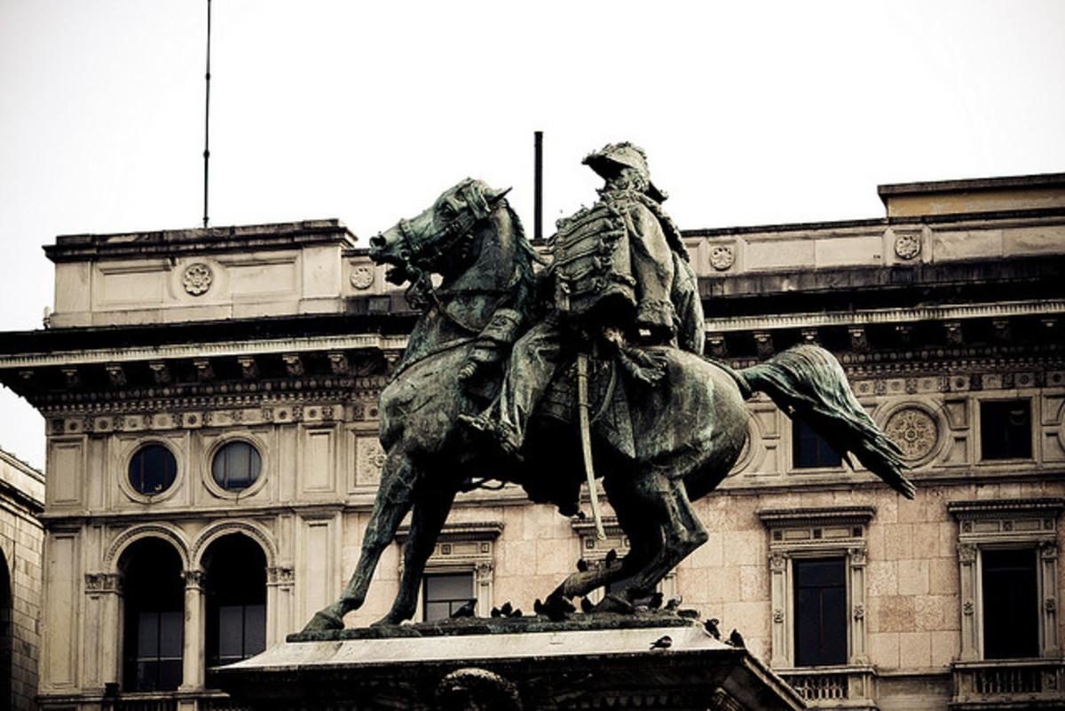 Statue of Vittorio Emmanuelle II in Piazza Duomo