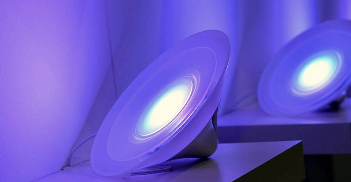 Smart And Cheap Alternatives To Add Lights To Your Philips