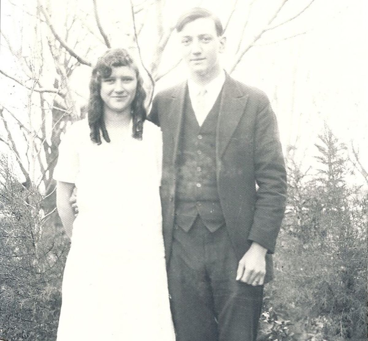 """My grandmother, Francis """"Frankie"""" Elizabeth Bollinger (at age 18), daughter of Joshua Franklin Bollinger and Amy Boyd.  She married Walter Clement."""