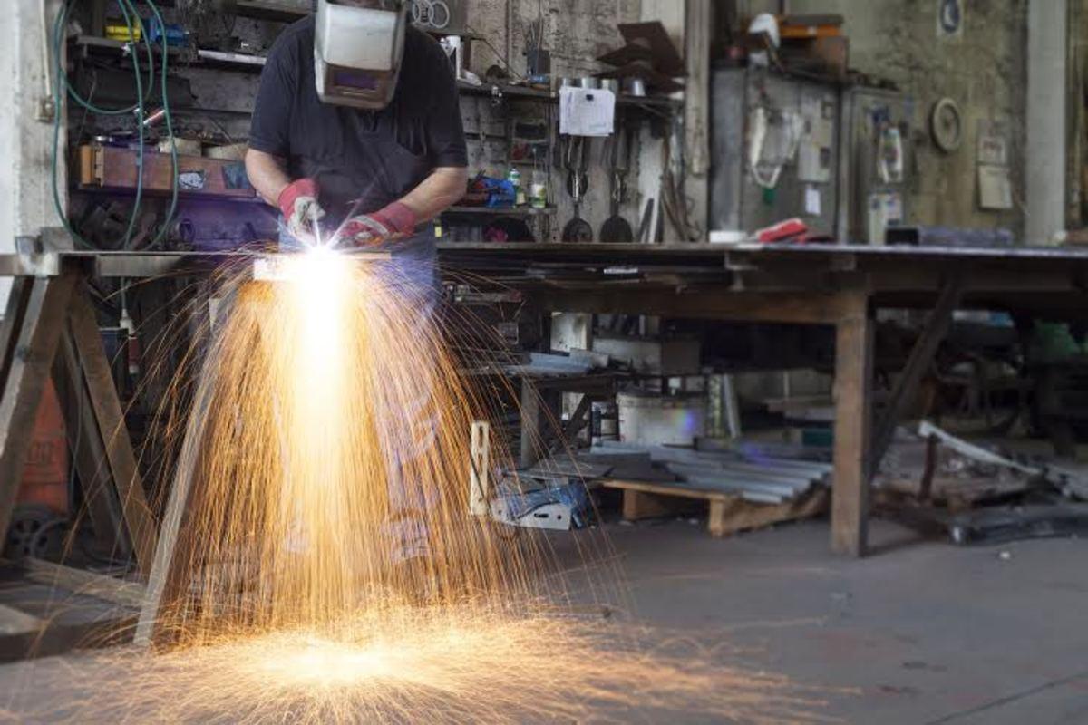 chain-link-welding-art