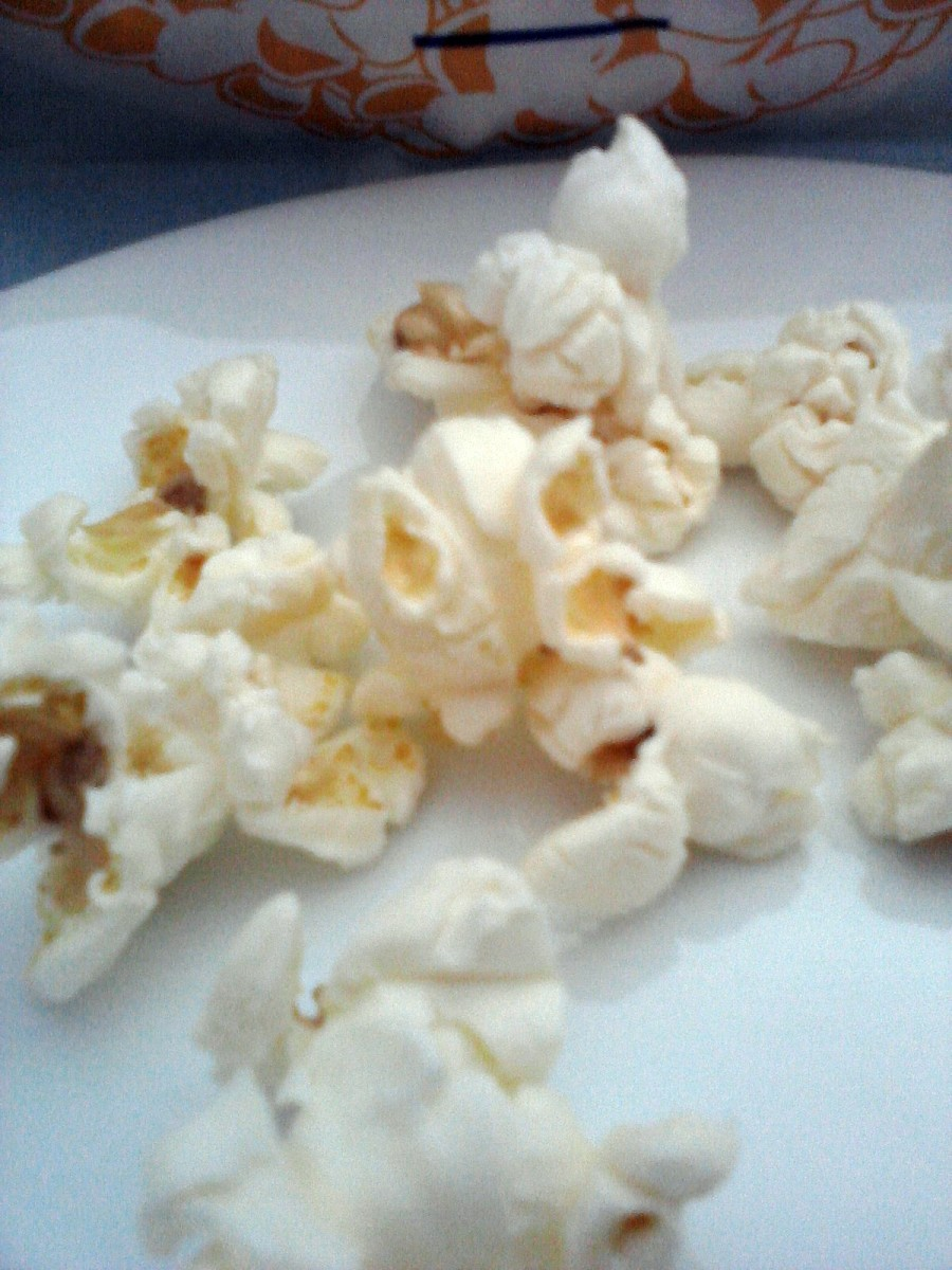 Popcorn, example of junk food.