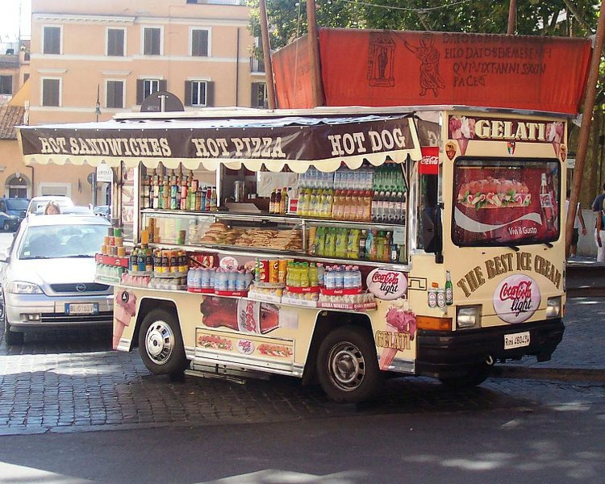 Food truck, Rome; example of street food truck.
