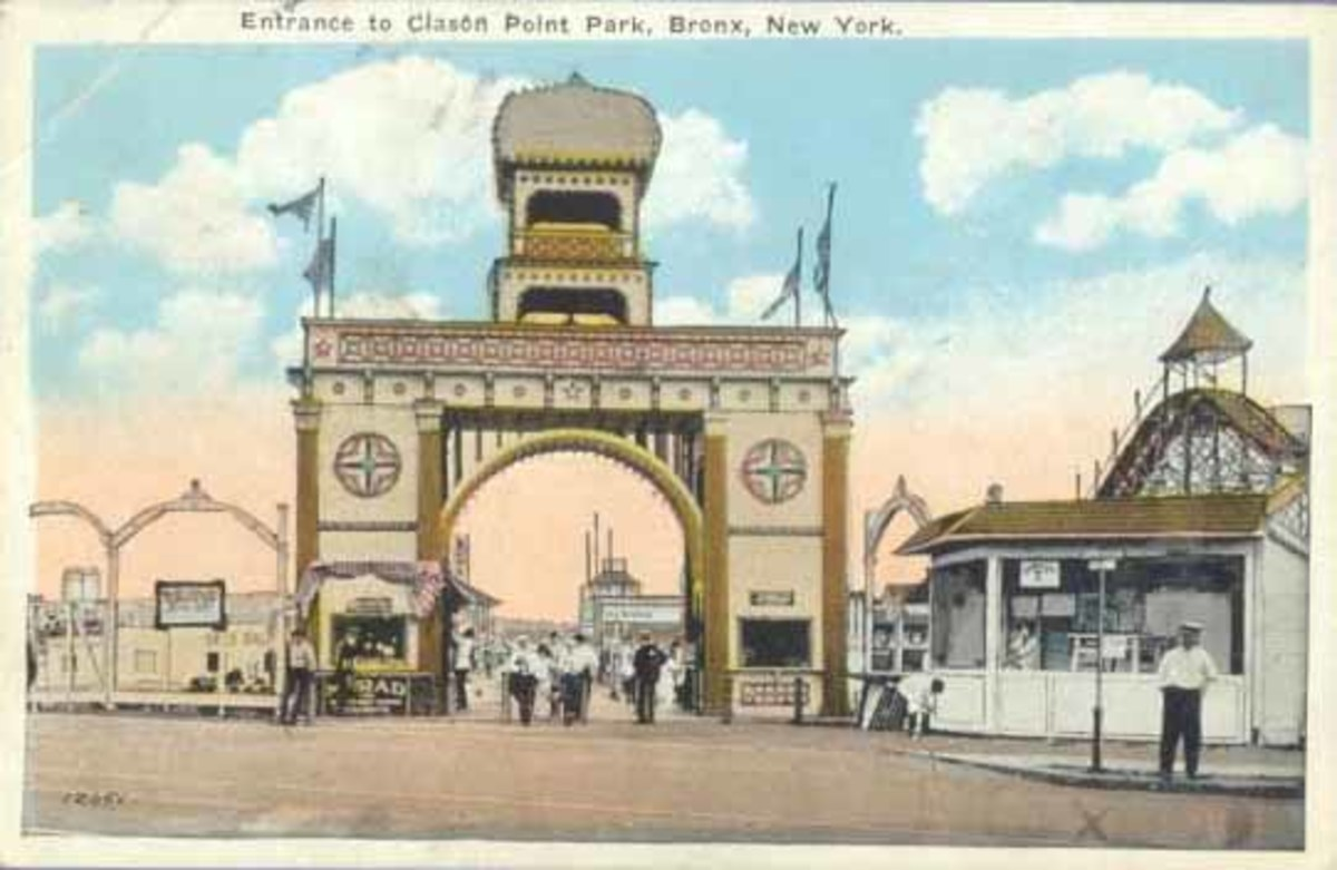Clason  Point Park was a unique amusement district as the neighborhood was entirely owned by a single company.  Only some of the amusements were owned by that company, the rest, including the park Fairyland, were independently owned.