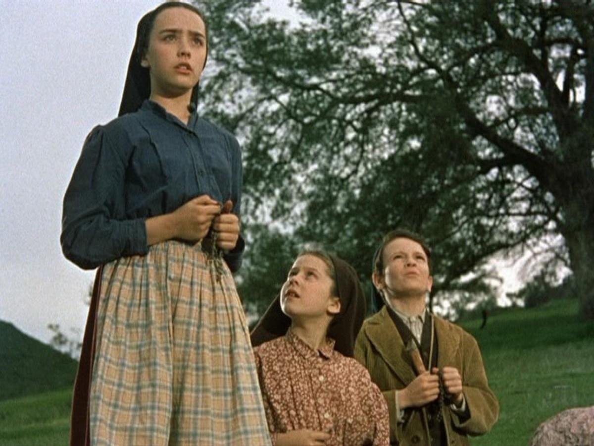 Susan Whitney as Lucia, Sherry Jackson as Jacinta, and Sammy Ogg as Francisco