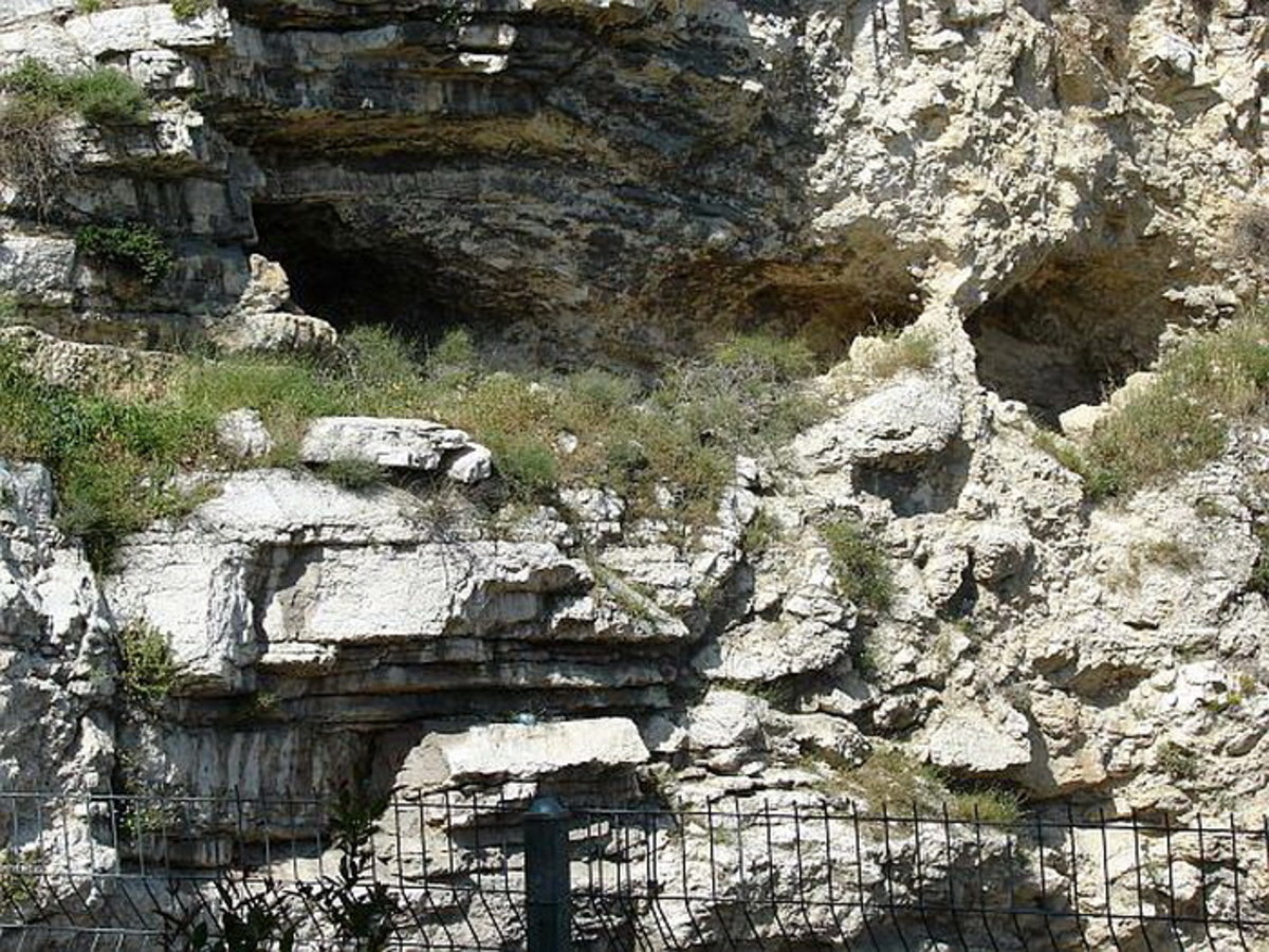 Garden tomb - The hill of the skull. Eye sockets and nose bridge formation on to the right side