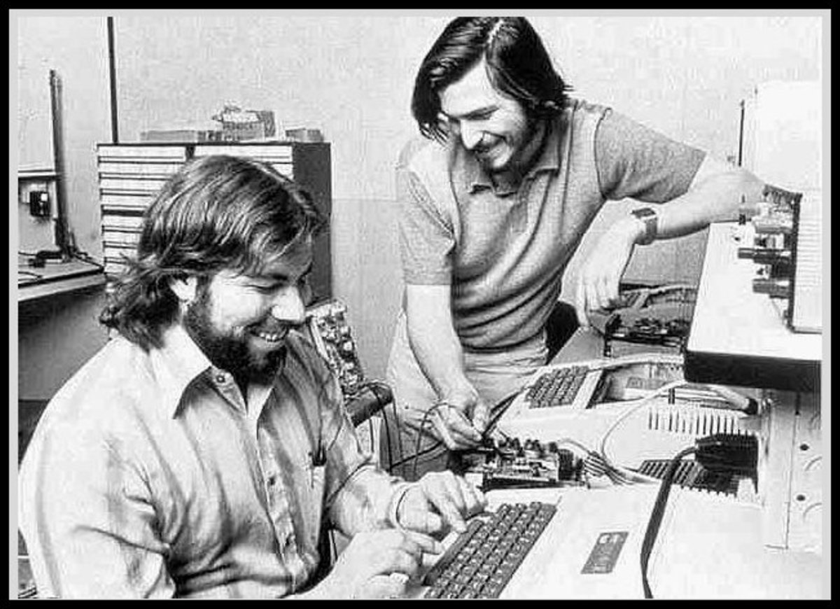 Steve and Woz with Apple II