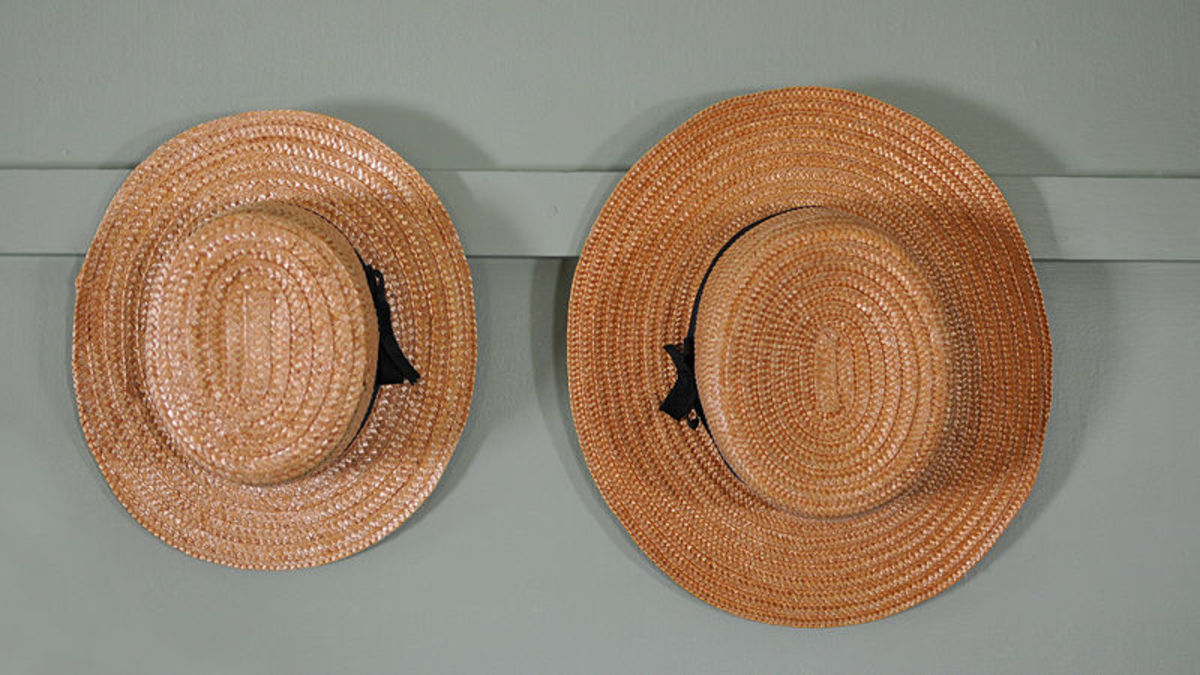 Straw hats are worn by Amish men in the warmer months.