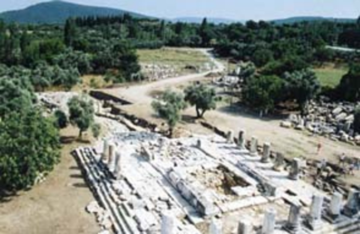 temple-of-hecate-at-lagina
