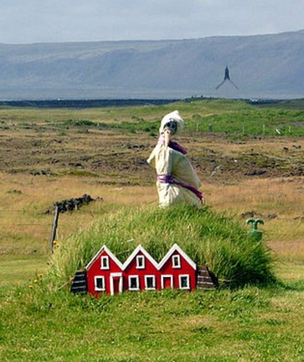 Elf houses in Iceland by Wikipedia user Fingalo.