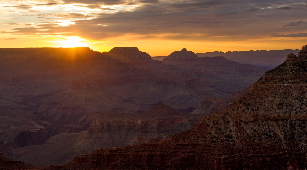 Traveling the Seven Wonders of the World (Part One) -The Grand Canyon