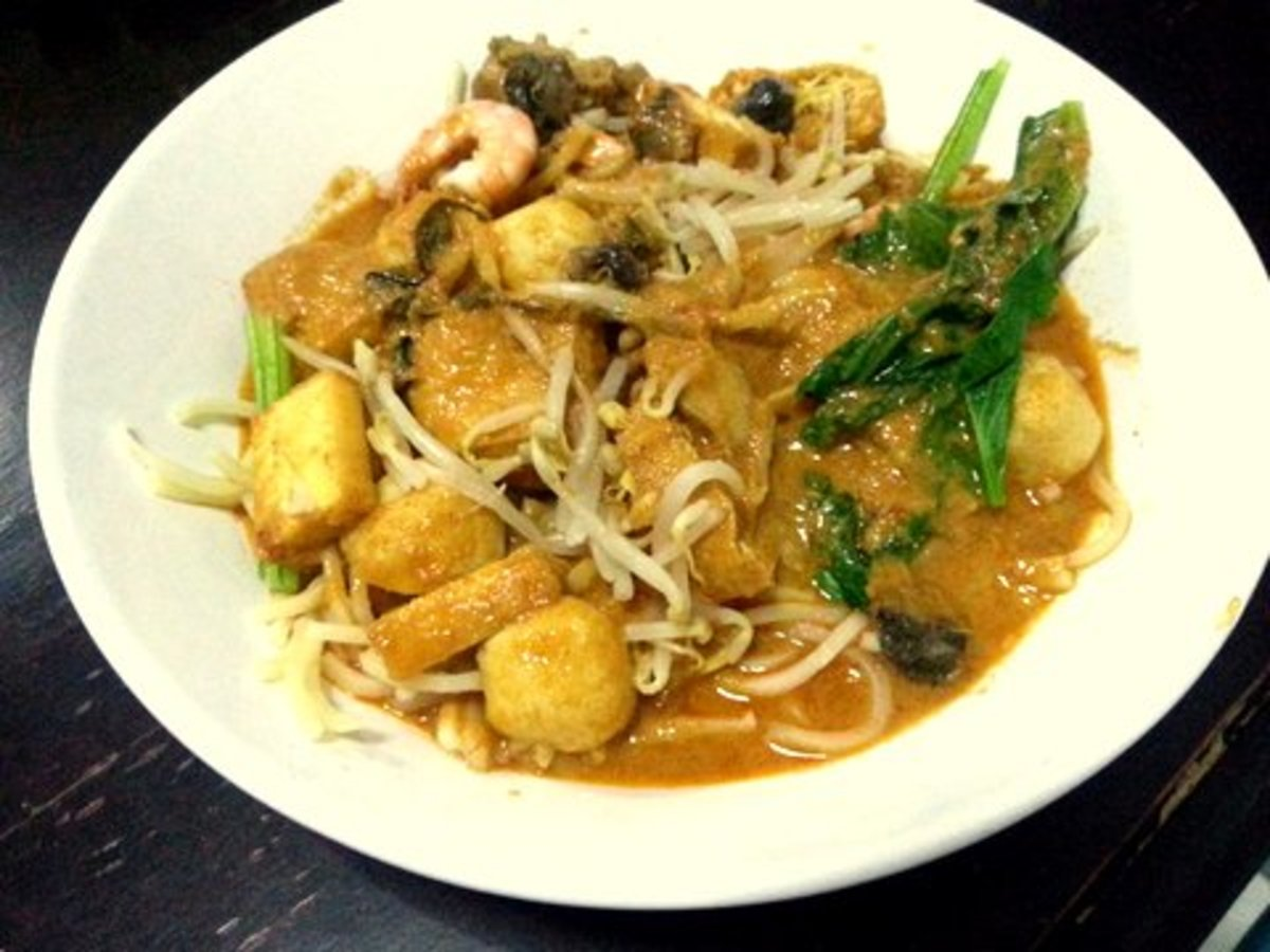 Try This Easy Spicy Curry Noodle (Curry Laksa) Recipe