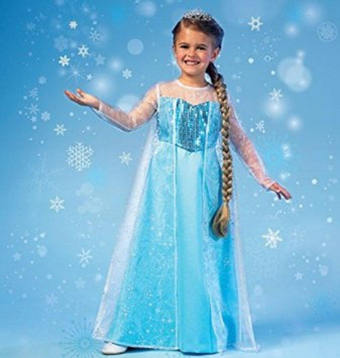 Transform your little girl into an enchanting Frozen princess!