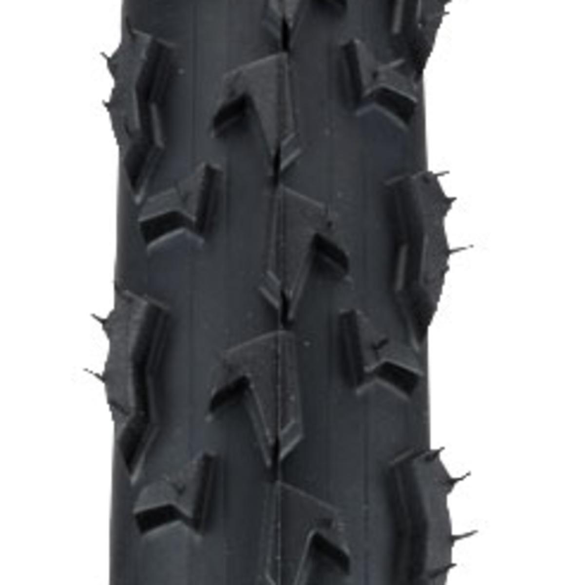 The tread pattern of the Vittoria Cross XL Pro