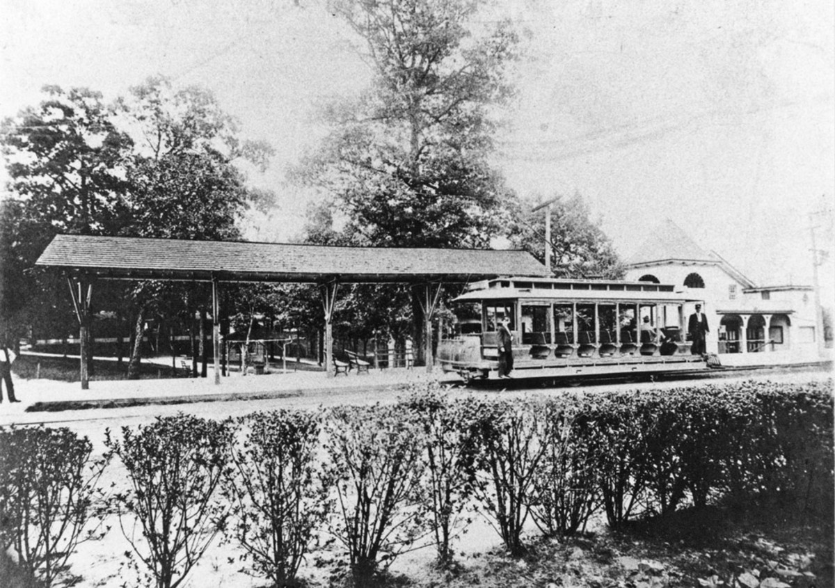 Durham, North Carolina's Lakewood Amusement Park and Trolley System