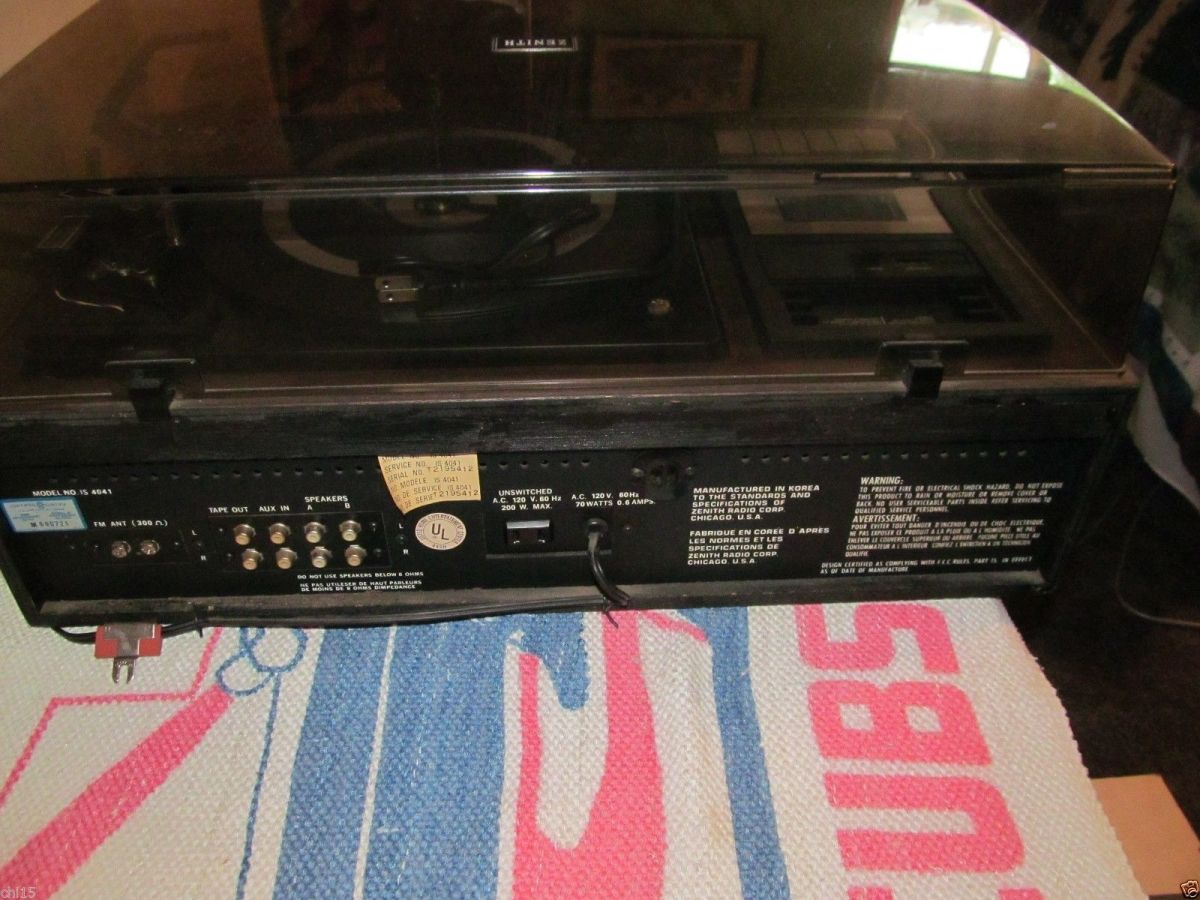 This Zenith Integrated Stereo System; model was made in the late 1970s and early 1980s, in those days this model would sale for $299.95 without the speakers.