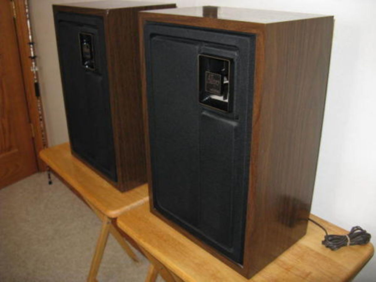 .  Add Zenith Allegro speaker systems such as two speakers Zenith Allegro 2000 and any other two quality speakers and your four speaker sound system is ready to blow the door off the house.