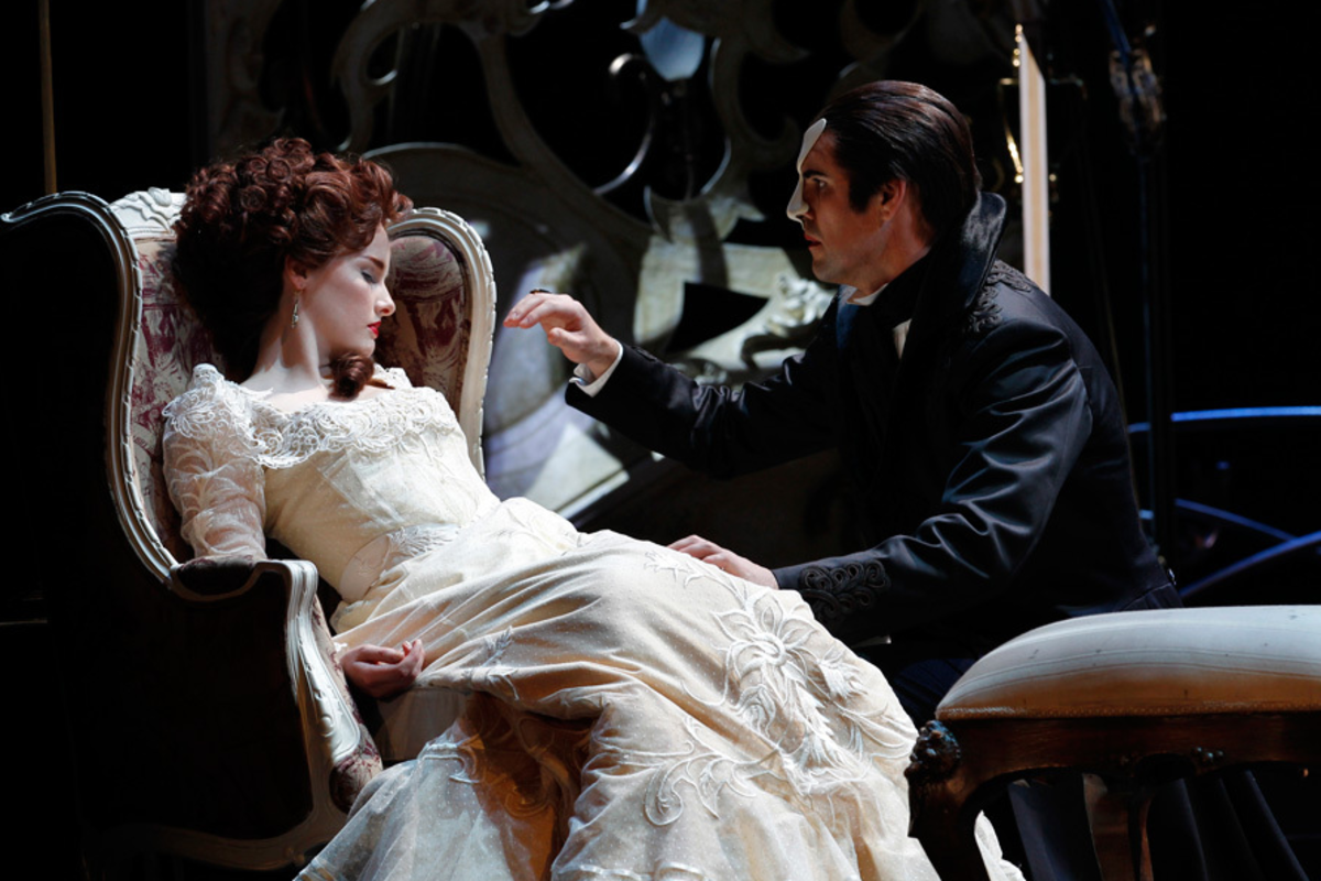 Anna O'Byrne as Christine and Ben Lewis as the Phantom in Love Never Dies